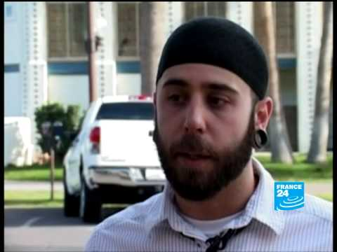 Guantanamo guard converts to Islam