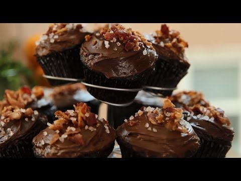 Cupcake Recipes   How To Make Chocolate Bacon Cupcakes