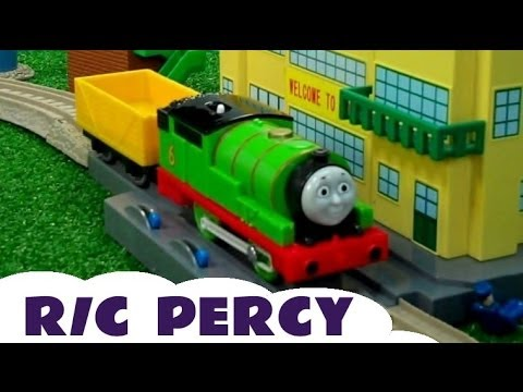 Remote Control R/C Thomas & Friends Percy Trackmaster Thomas The tank Engine Kids Toy Train