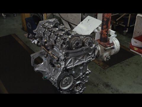 Assembling a Peugeot RCZ R Engine