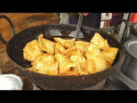 Popular Bihari Samosa Making | Street Food India | Samosa Recipe | Indian Style Samosa