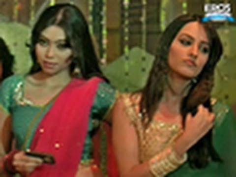 Dance Girls Of Mumbai | Benny And Babloo