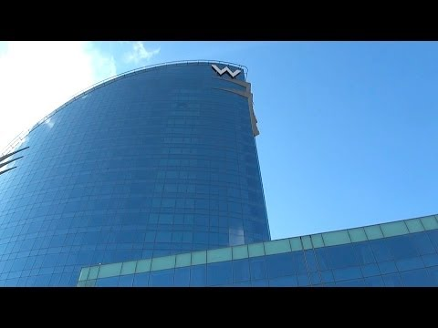 W Hotel Barcelona - luxury destination - ReiseWorld travel channel