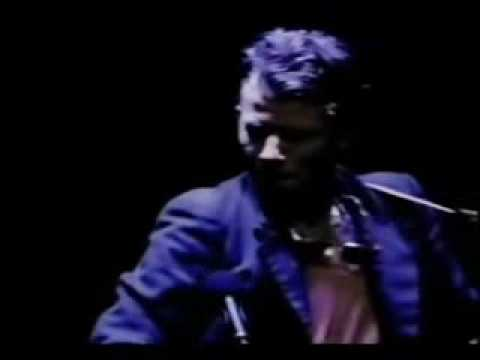 Tom Waits - Cold Cold Ground
