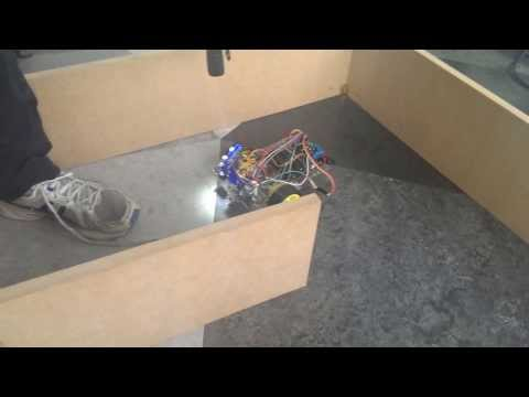 Light Chasing Arduino Robot