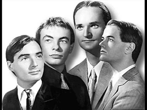 Kraftwerk - Hall of Mirrors Live 1981