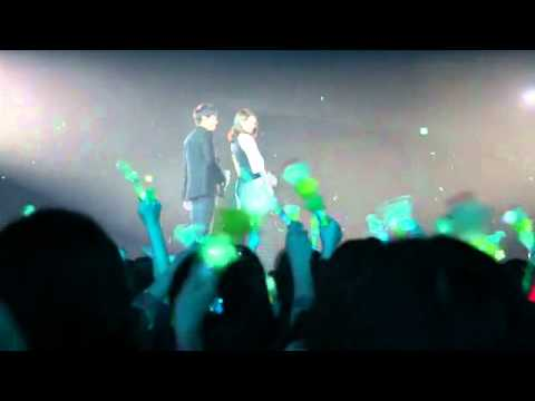 Lee Seung Gi - Hope Concert 2010 fan cam (I Love You from Now On) 101121
