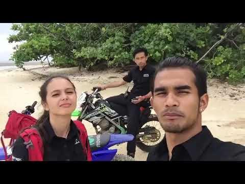 Tim Ekspedisi merah( BayuLesmana,TengkuTezi,Jasi Michelle, Serigala)
