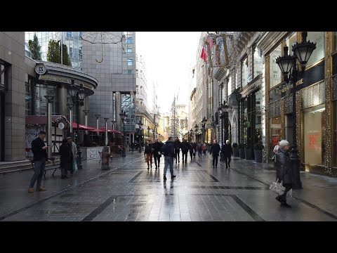 "4K Walk - Budapest, Hungary ""Fashion Street in Christmas"""