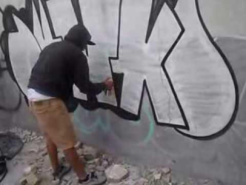 Queretaro Graffiti Dunki