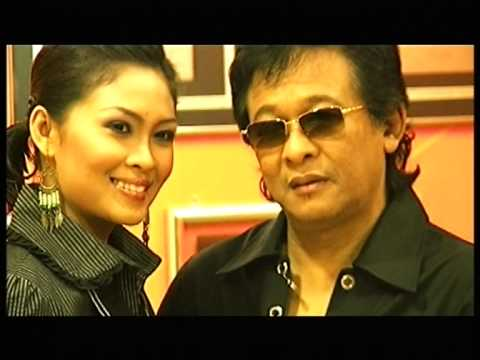 Deddy Dores Feat. Siti Nordiana - Biar Seperti Bidadari (Official Music Video)