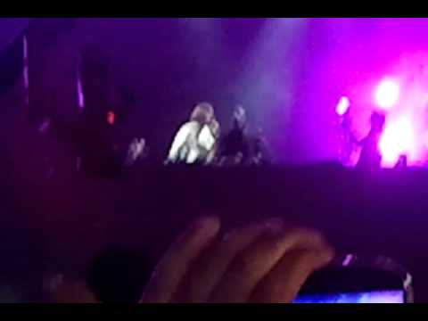 David Guetta & Akon - crank It Up  & sexy B***h  Pune, India Tour.mp4 video
