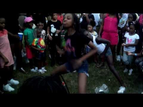 Teen Girls Dancing Pt.2 Kayla Party video