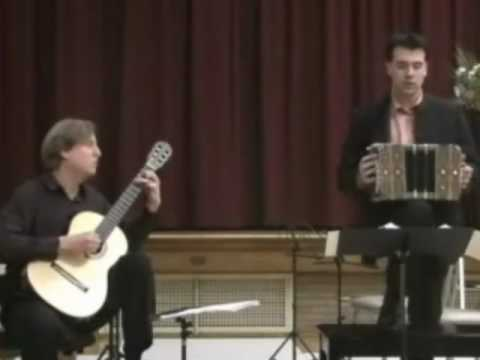 Jason Vieaux&Julien Labro -Cafe 1930 (2nd mvt of Piazzolla's Histoire du Tango)