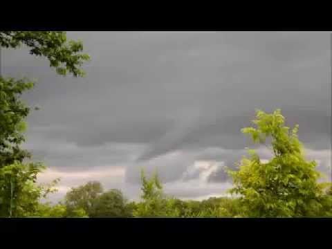 Home video of tornado formation north of oswego,ks
