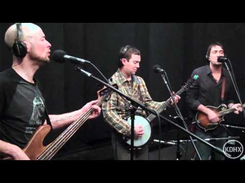 Yonder Mountain String Band - Southbound