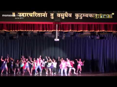 Rang Barse + Balam Pichkaari - Shiamak Monsoon Masti 2013 -...