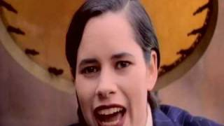 Watch 10000 Maniacs Candy Everybody Wants video