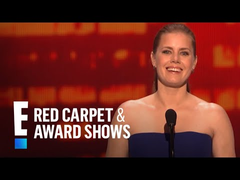 Amy Adams presents at People's Choice Awards 2015
