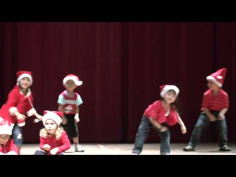 Jingle Bells - Christmas Dance Song In Chomel's Preschool Concert 2012 video