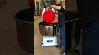 160kg Spiral Dough Mixer -test to add water to mix