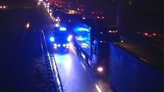 **Vast in file** A1: Ambulance 20-143 is met spoed onderweg naar een ongeval op de A58