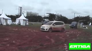 Drifting Ertiga on the mud in POMS II 2013