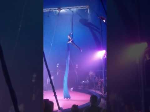 Цирк на дроті🎦🎪