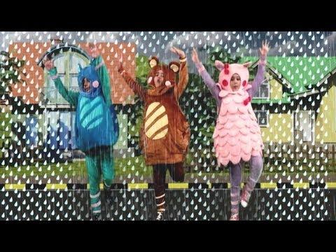 Popular Nursery Rhyme - Rain Rain Go Away | Sing and Learn
