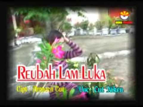rEUBAH Lam Luka Vol Cut Niken