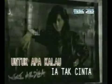 Youtube - Nike Ardilla - Mama Aku Ingin Pulang.flv video
