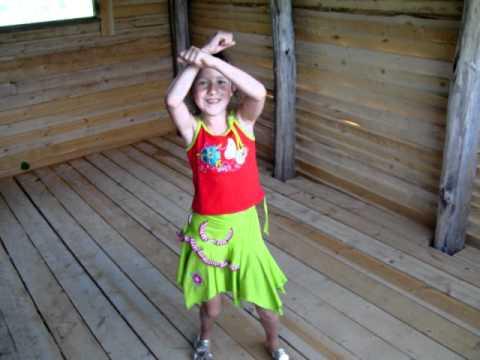 Даша танцует.mov