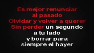 Watch Leon Melina La Persona Equivocada video
