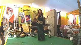 download lagu Daun Puspa - Heni Ci gratis