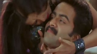 Romantic song from the Superhit hindi dubbed movie Tantra Mantra (2009) Starring: Prithviraj, Sharmilee, Siddique, Karthika, Jagathy Sreekumar, Jayasurya, Th...