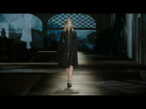 Prada Fall/Winter 2013 Womenswear Show #32