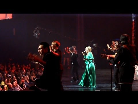 Googoosh - Nemidouni Nokia Live 2012 (dance) video