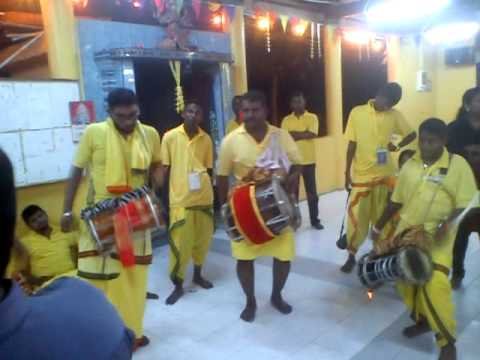 Sri Naga Kali Urumi Melam At Vinayagar Shathurti 6 video