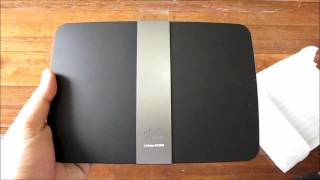 Cisco Linksys E4200 Unboxing - The Company's Flagship Wireless N Router