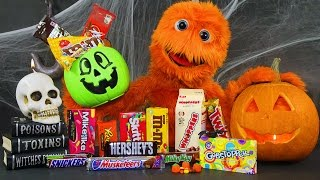 2016 Halloween Candy, Costumes, Songs, Makeup, YouTube Challenge for kids