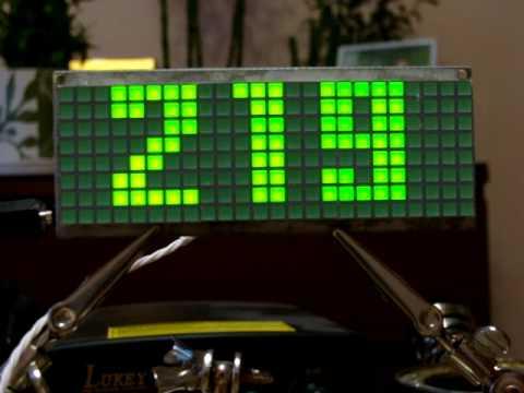 Матричные часы на ATMega 16.