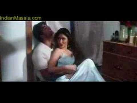 kareena Kissing