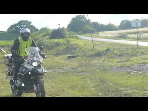 BMW R1200GS ADV - Jump