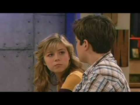 Sam And Freddie (seddie) - You Belong With Me video