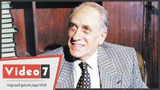 بالفيديو .. السبكى وأشرف زكى فى عزاء المنتج منيب شافعى