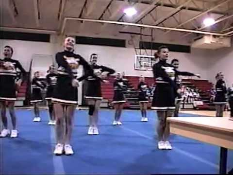 2010 Middle School Cheerleading Compeion