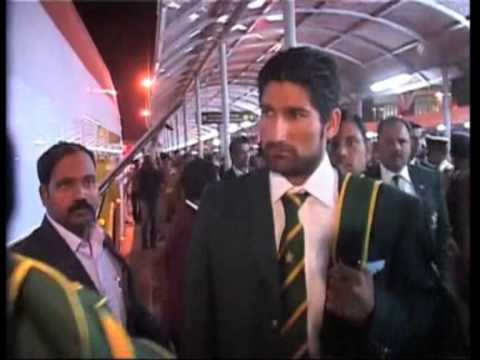 23 dec 2012 - Pakistan cricket squad arrives in India for first...