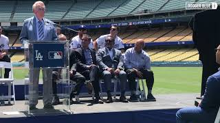 Dodgers ceremony: Vin Scully emcees unveiling of 2020 MLB All-Star Game logo at Dodger Stadium