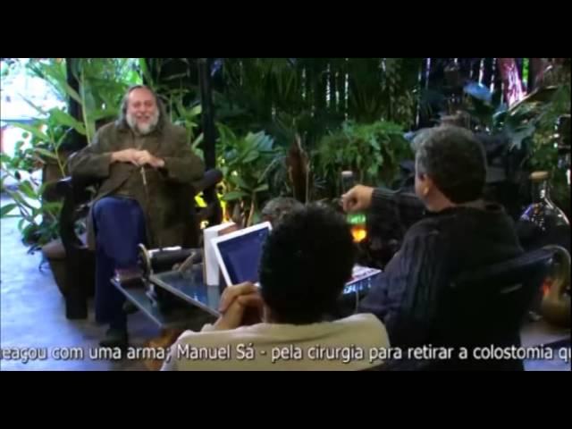 Piada do Bráulio: Caio, você sabia que o Malafaia parou de tomar café?