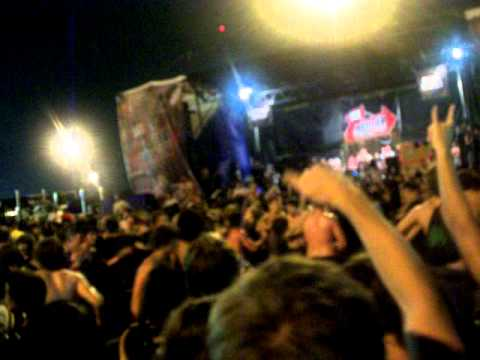 Warped Tour 2010 Houston - BMTH Wall of Death Video